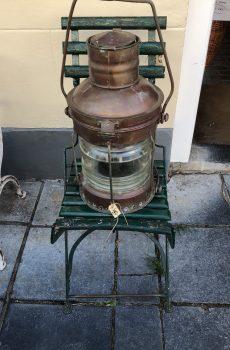 Oude koperen scheepslantaarn 1