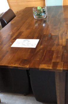 Eettafel met 4 leren stoelen bruin 1