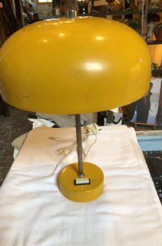 Gele vintage lamp