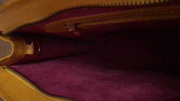 Louis Vutton Bag Saint Jacques GM inside 1